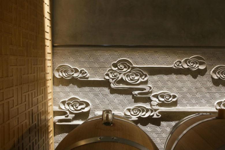 Marquis-d-Alesme—Barrels-in-upper-cellar-eloise-vene-800-X-600