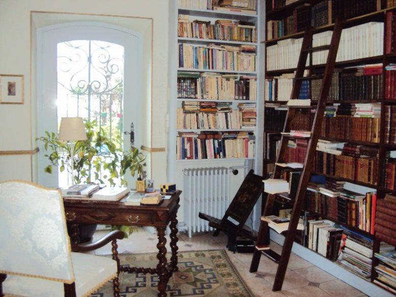 Mme Poissonneau_CH_Bourg_bibliothèque_800x600