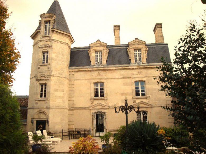 Mme Poissonneau_CH_Bourg_demeure_800x600