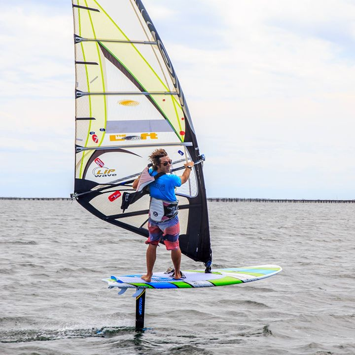 Monkey-windsurf-club
