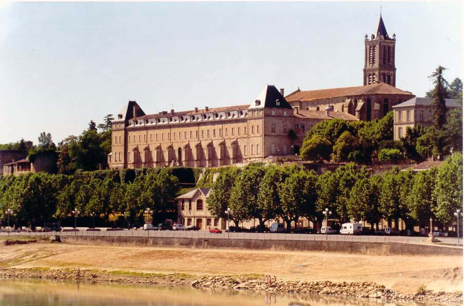 Prieuré des bénédictins de LA REOLE, façade sud