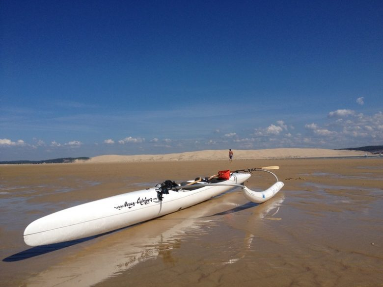 SURF EN BUCH – PIROGUE