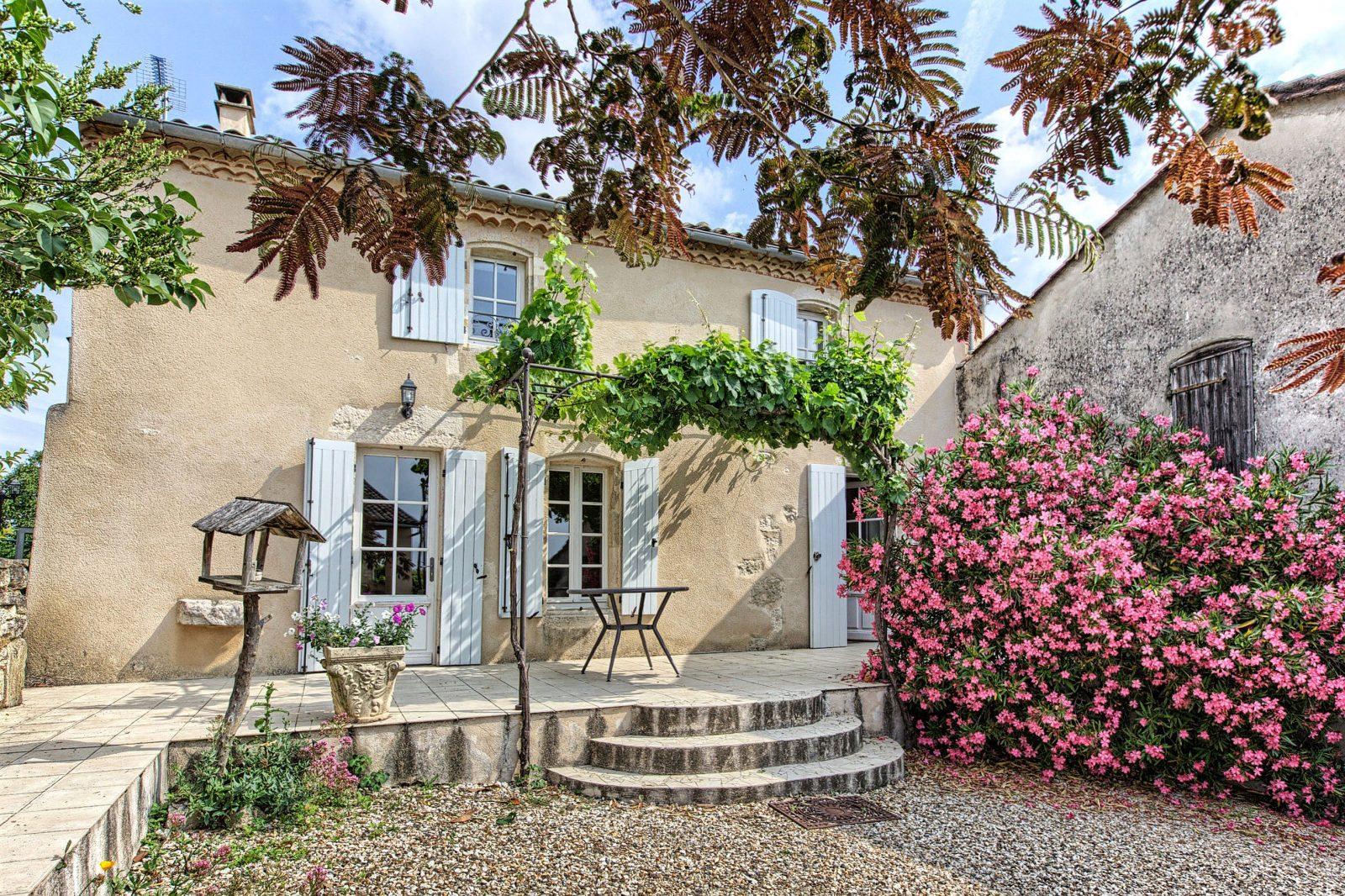 Saint-Seurin-de-Cursac – Mme MORVAN2