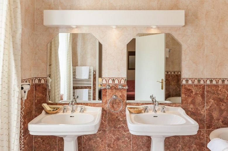 Salle-de-bain-Domaine-Pont-l-Eyre