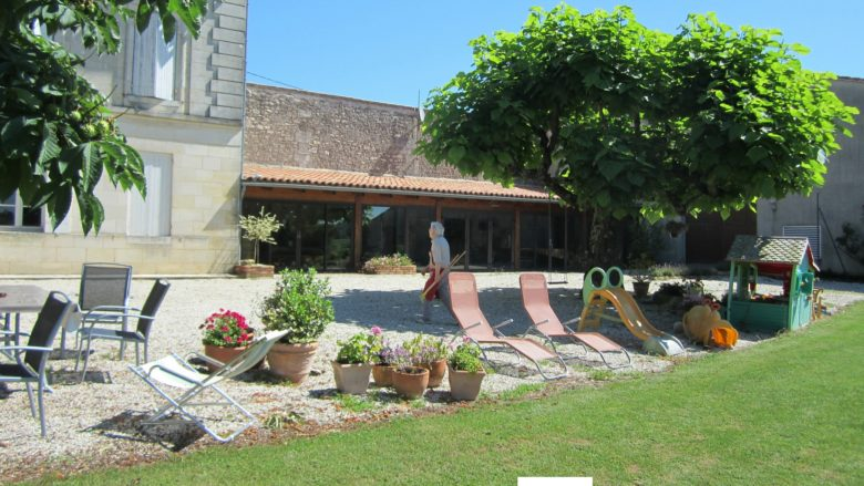 Sirtaqui – Vignobles Dorneau – façade