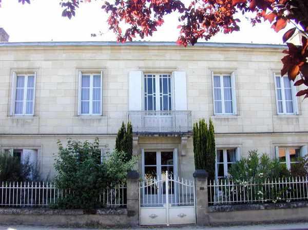 St-Germain-Du-Puch – château lestrille