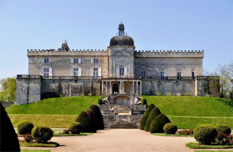 Vayres – Château