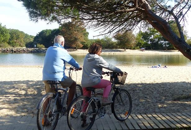 Vélo ©JBoissière (Office de Tourisme Arès) (17) –