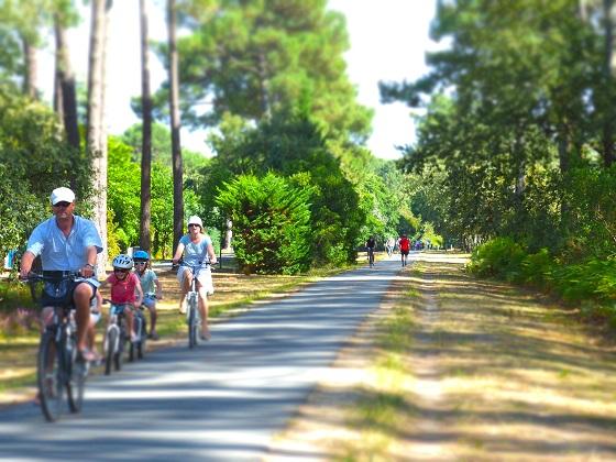 Le Tour D Ares A Bicyclette A Ares Itineraires Touristiques Gironde Tourisme