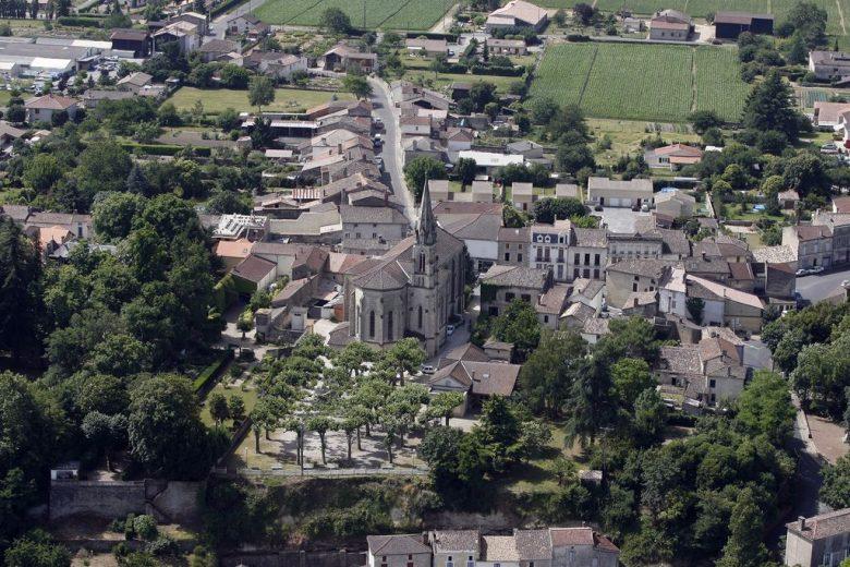 Village_Castets-et-Castillon_Mairie_2