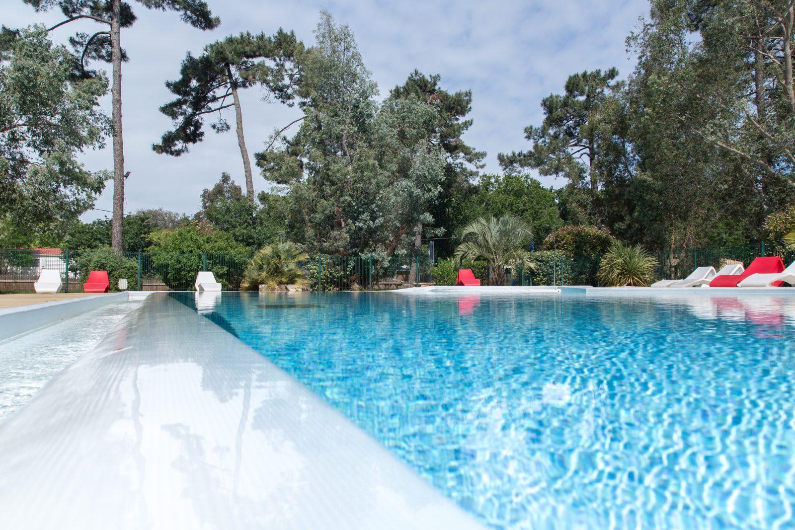 activite-PISCINE-Camping-des-Pins-Gironde-Soulac-sur-Mer