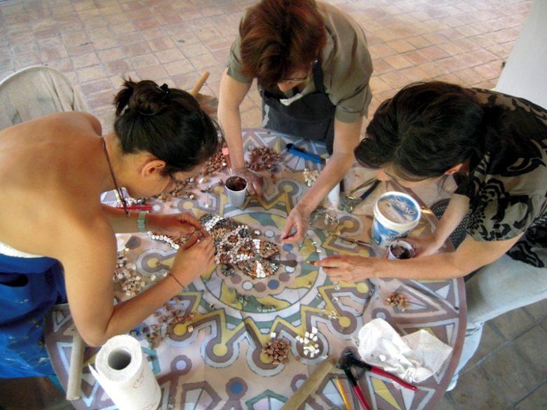 artisan-d-art-atelier-mosaique-plassac-stage-800×600