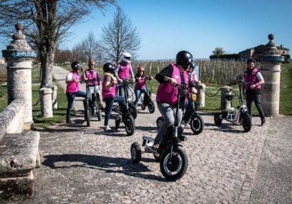 Balade dans la citadelle de Blaye en tricycle électrique avec BikeBoard compagnie