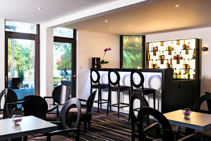 Destination Garonne, Hôtel du Château de la Tour, Cadillac, Beguey, le bar