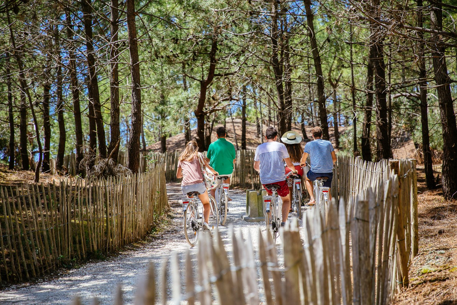 camping-les-grands-pins-velo