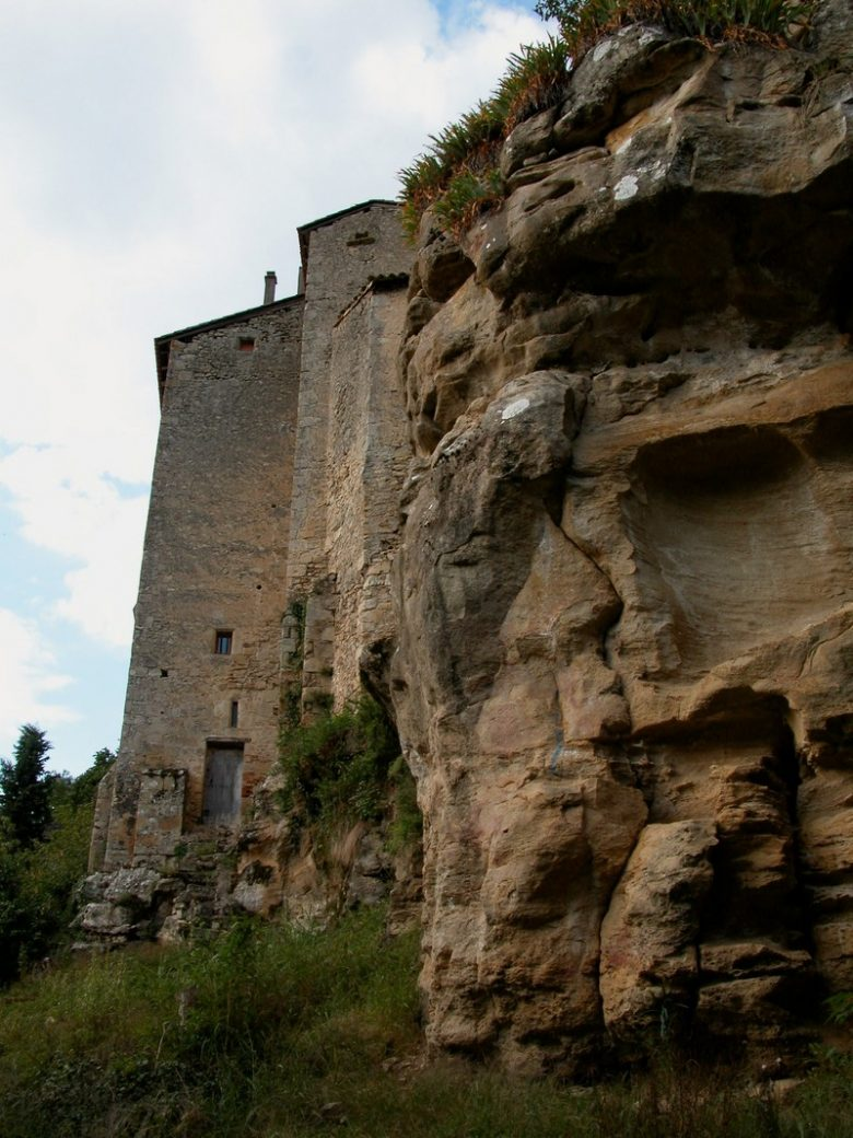 castelmoron-albret-cote-pave