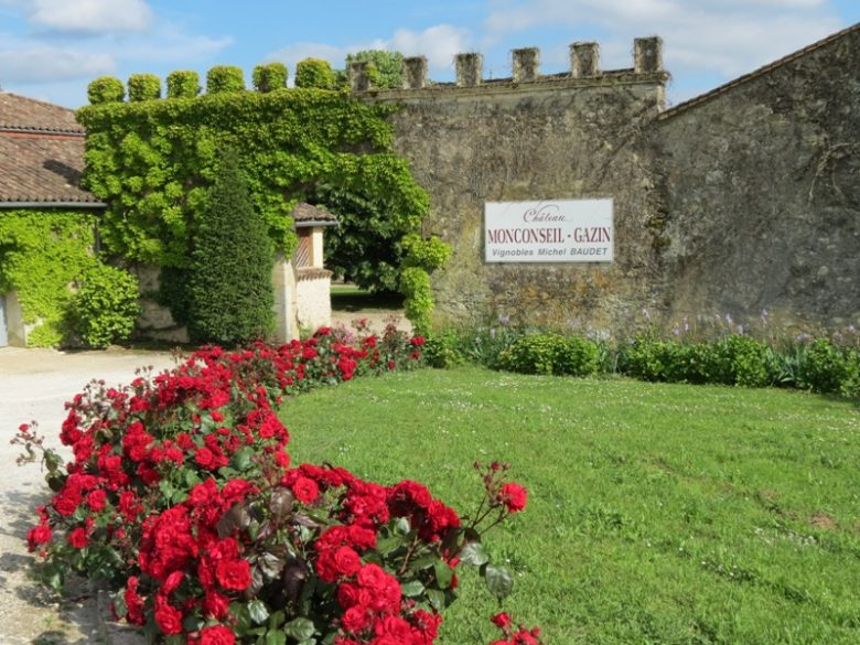 chateau-monconseil-gazin-vignoble-Blaye-cotes-Bordeaux-plassac-800×600