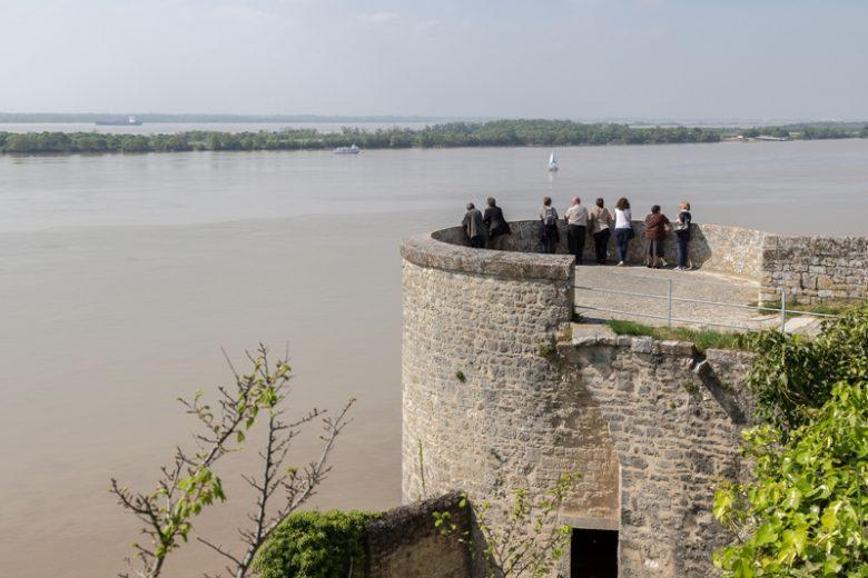 citadelle-Blaye-Unesco-tour-de-l-eguillette-800×600