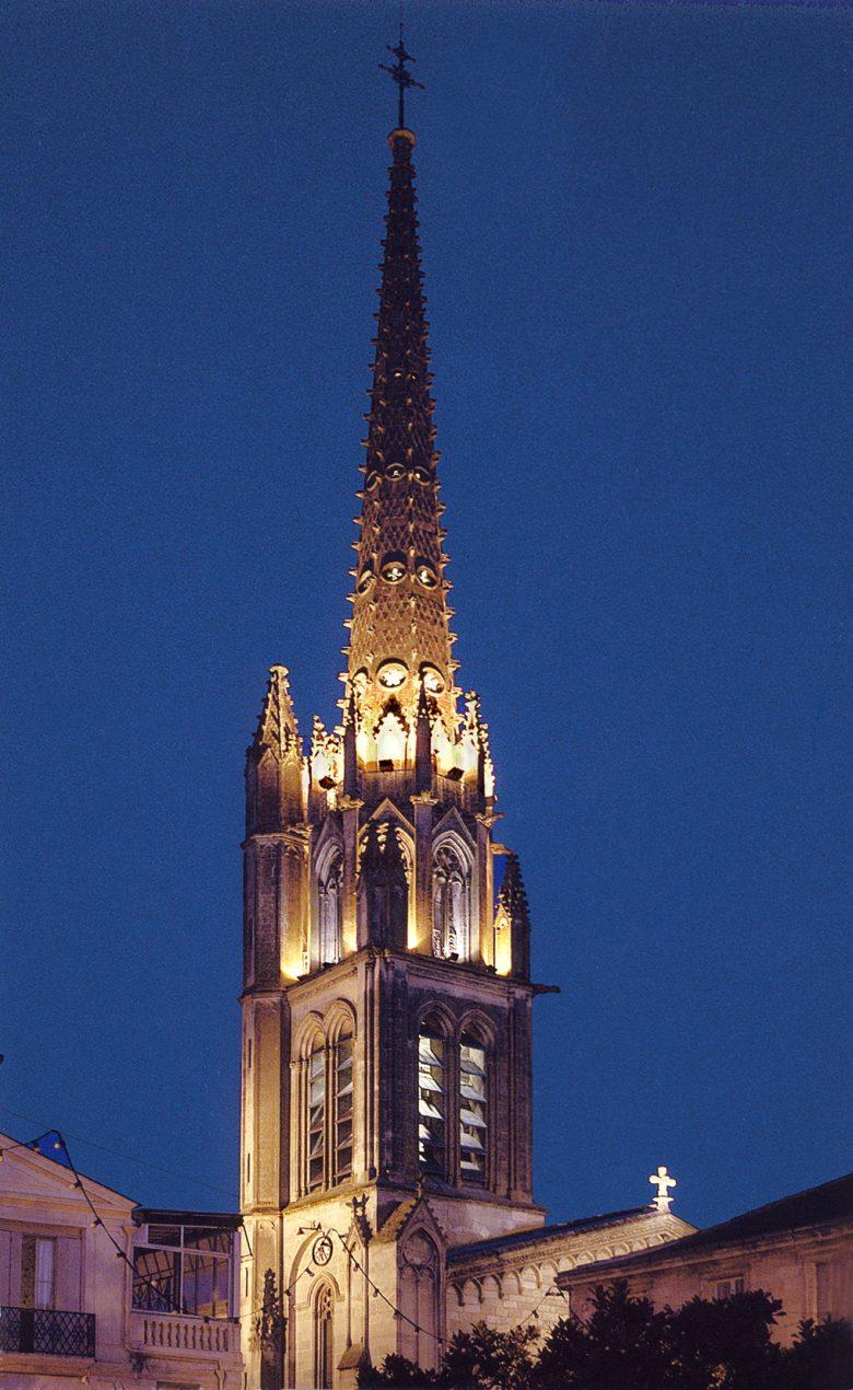 clocher de nuit
