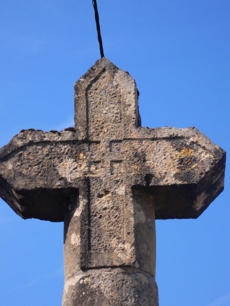 croix de pommarede4