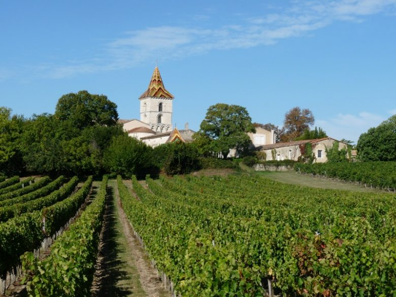 eglise-saint-pierre-cars-vignoble-800×600