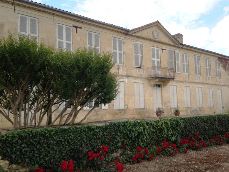 façade château d'Arricaud