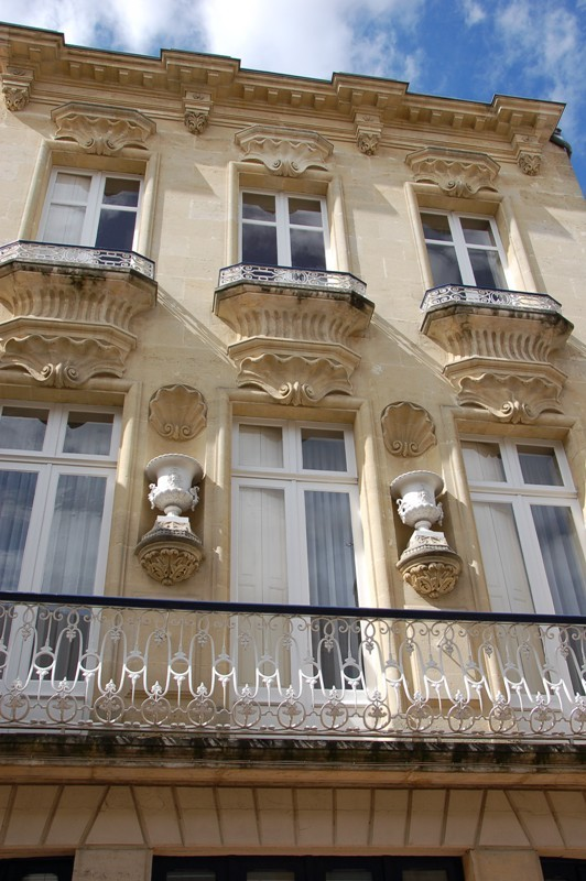facade-ville-blaye-rue-saint-romain