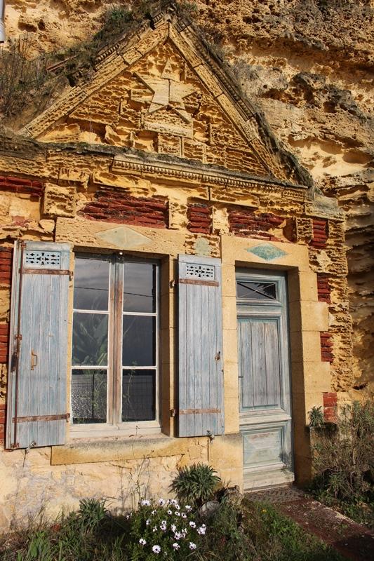 maison-toglodytique-route-de-la-corniche-estuaire-gauriac-800×600