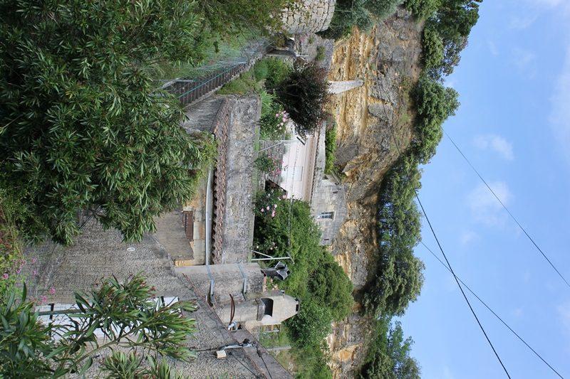 maison-troglodytique-route-de-la-corniche-estuaire-gauriac-800×600