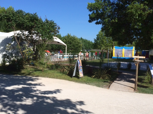 Camping les Arbousiers