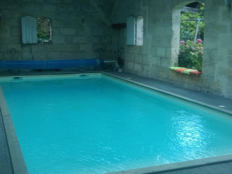 Meublé cosy_gite_gauriaguet_Rodriguez_piscine_800x600