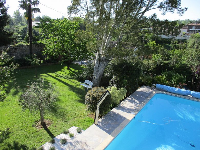 piscine chauffée et jardin l'oiseau bleu