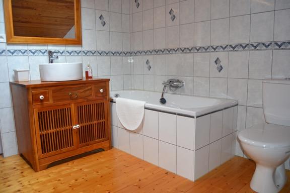 La rosecouleau_pugnac_gite_salle de bains_800x600