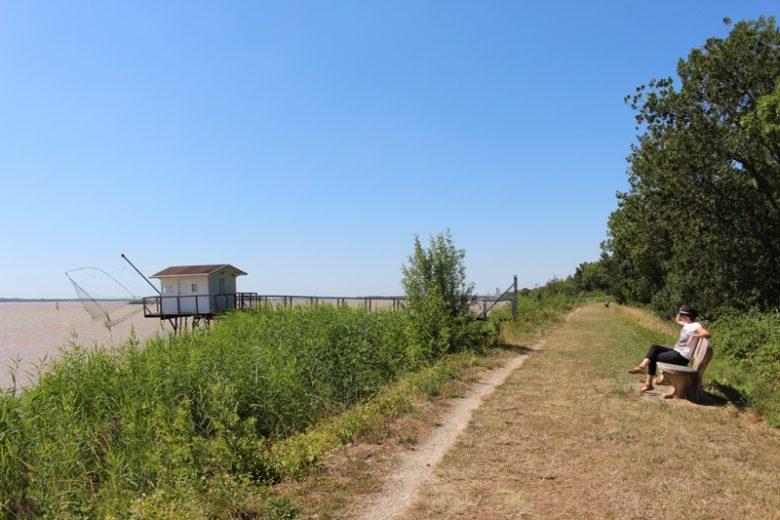 village-de-plassac-digue-et-carrelet-800×600