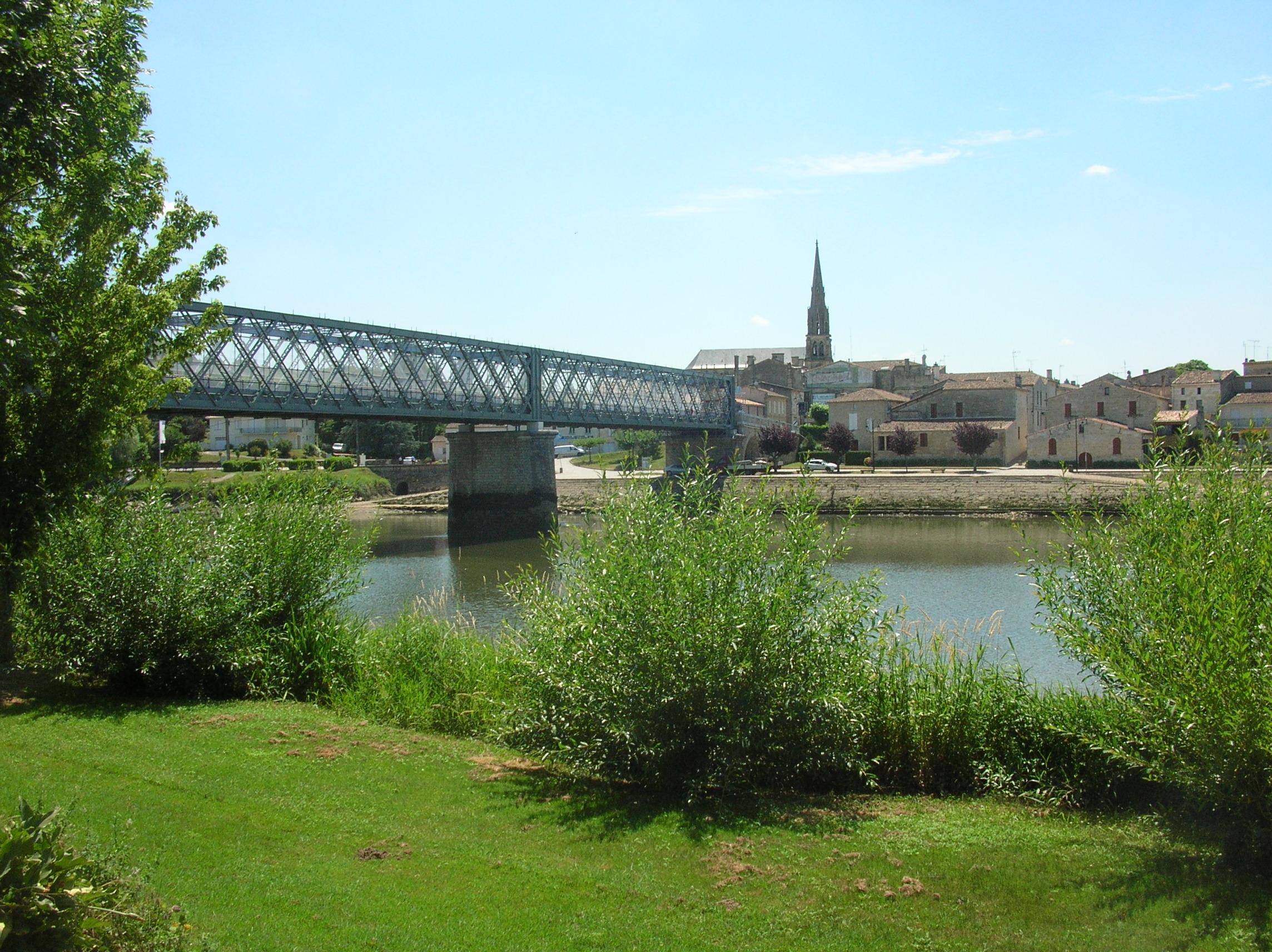 Le pont de Branne